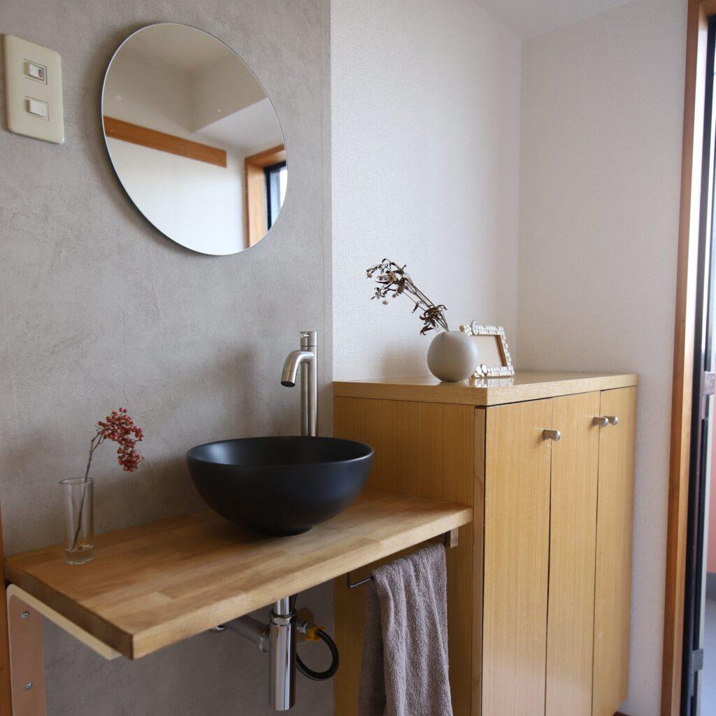 知多郡・賃貸マンション・玄関に手洗い