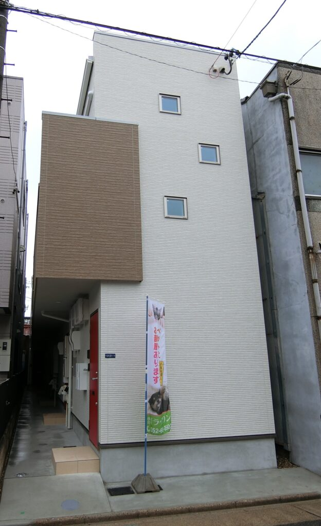 西区、新築アパート